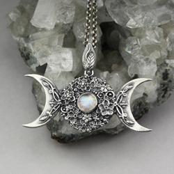 potrójna bogini,ksieżyc,kamień księżycowy,kwiat - Wisiory - Biżuteria