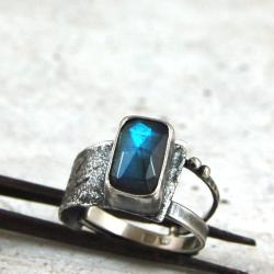 srebrny pierścionek z labradorytem - Pierścionki - Biżuteria