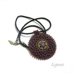 medalion,wisior,fiolet,koronkowy - Naszyjniki - Biżuteria