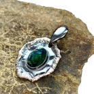 Wisiory opal,blask,srebrny,srebro,zielony,tęczowy,okaz