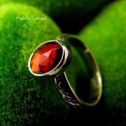Nehesi,Pierścień,granatem,srebrny,srebra - Pierścionki - Biżuteria