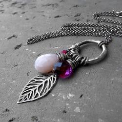 rózowy,z kamieniami,srebrny - Naszyjniki - Biżuteria