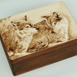 wilki,pirograwia,wypalanie na drewnie - Pudełka - Wyposażenie wnętrz