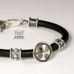 bransoleta skórzana,biżuteria męska,krzyż - Dla mężczyzn - Biżuteria