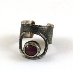 srebrny pierścionek z rubinem - Pierścionki - Biżuteria