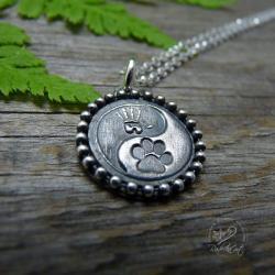 srebro,yin yang,łapa,łapka,pies pupil,wisiorek - Naszyjniki - Biżuteria
