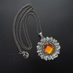 srebrny,wisior,z bursztynem,oksydowany - Wisiory - Biżuteria