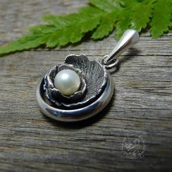 srebrny,romantyczny,delikatny,perłowy - Wisiory - Biżuteria