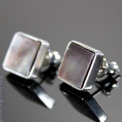 sztyfty,masa perłowa,srebrne.proste,eleganckie - Kolczyki - Biżuteria